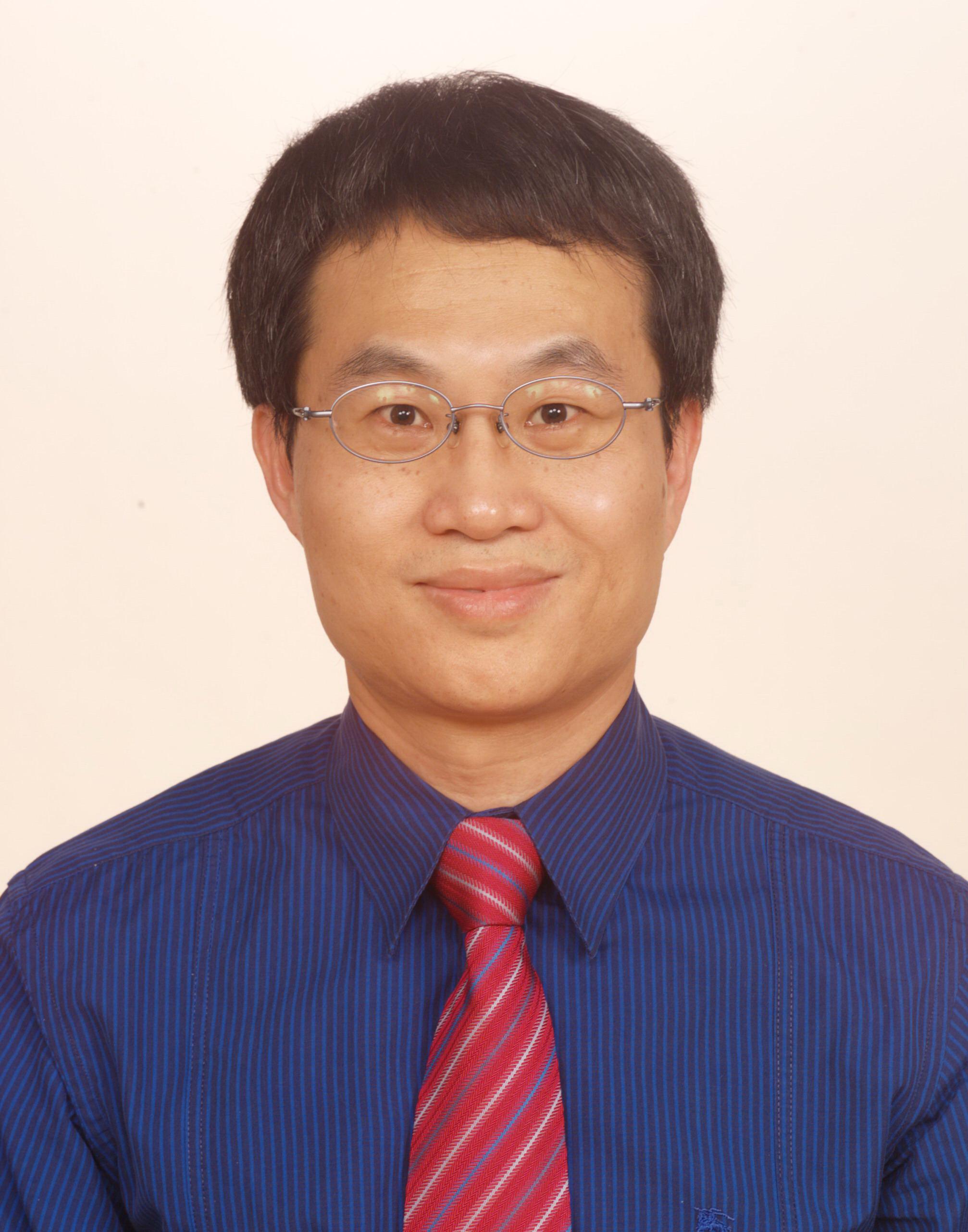游山林助理教授